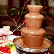 Шоколадный фонтан с цветным шоколадом